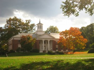Amherst_College_buildings_-_IMG_6512